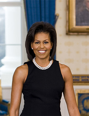 Michelle Obama deltoids and upper arms in official White House portrait