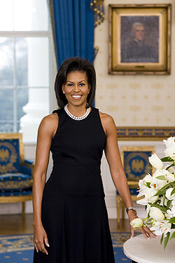 Michelle Obama: Official White House Portrait (photograph)